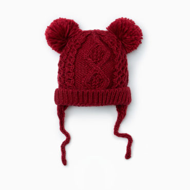 pompom-cable-knit-hat